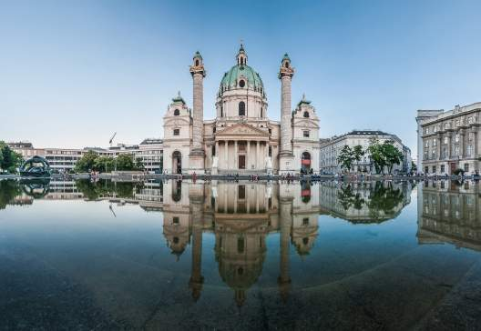 St.-Charless-Church-Karlskirche-in-Vienna-Austria-in-twilight