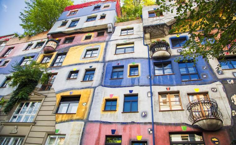 The-view-of-Hundertwasser-house-in-Vienna-Austria