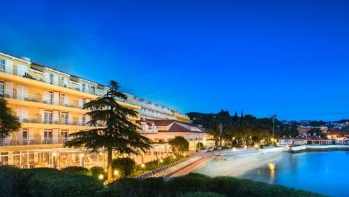 Remisens-Hotel-Epidaurus-night-image