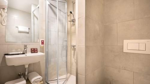 Remisens-Hotel-Epidaurus-Bathroom