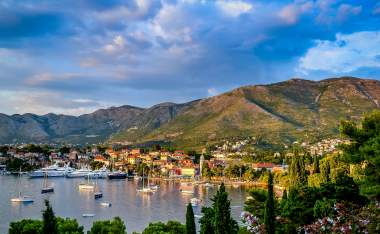 Cavtat_unsplash_conor-rees