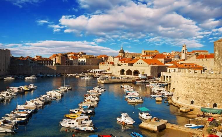 Dubrovnik-old-town-pier-2