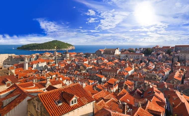 Town-Dubrovnik-in-Croatia-at-sunset
