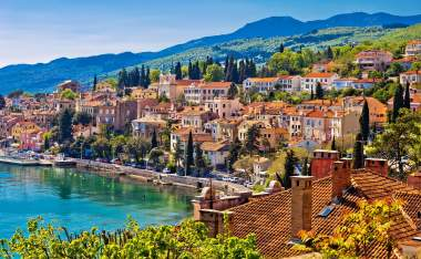 Town-of-Volosko-seafront-view-Opatija-riviera-of-Croatia