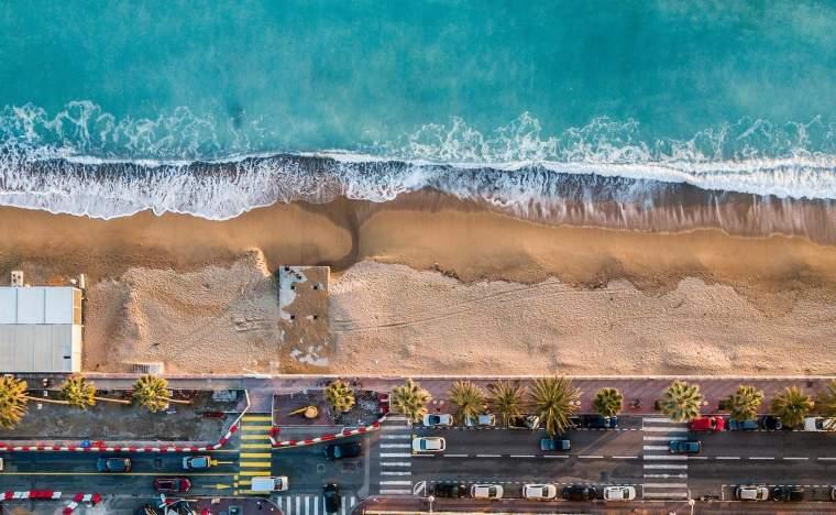 Cannes_barna-bartis-540113-unsplash