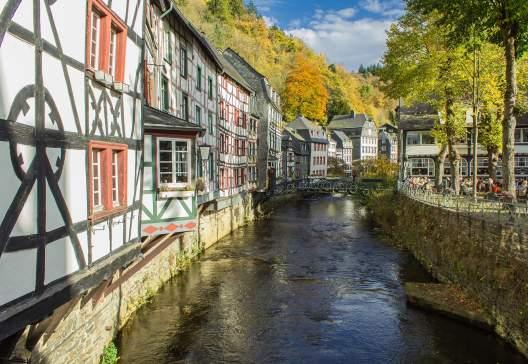 Monschau-Eifel-as-Old-Town-in-the-autumn