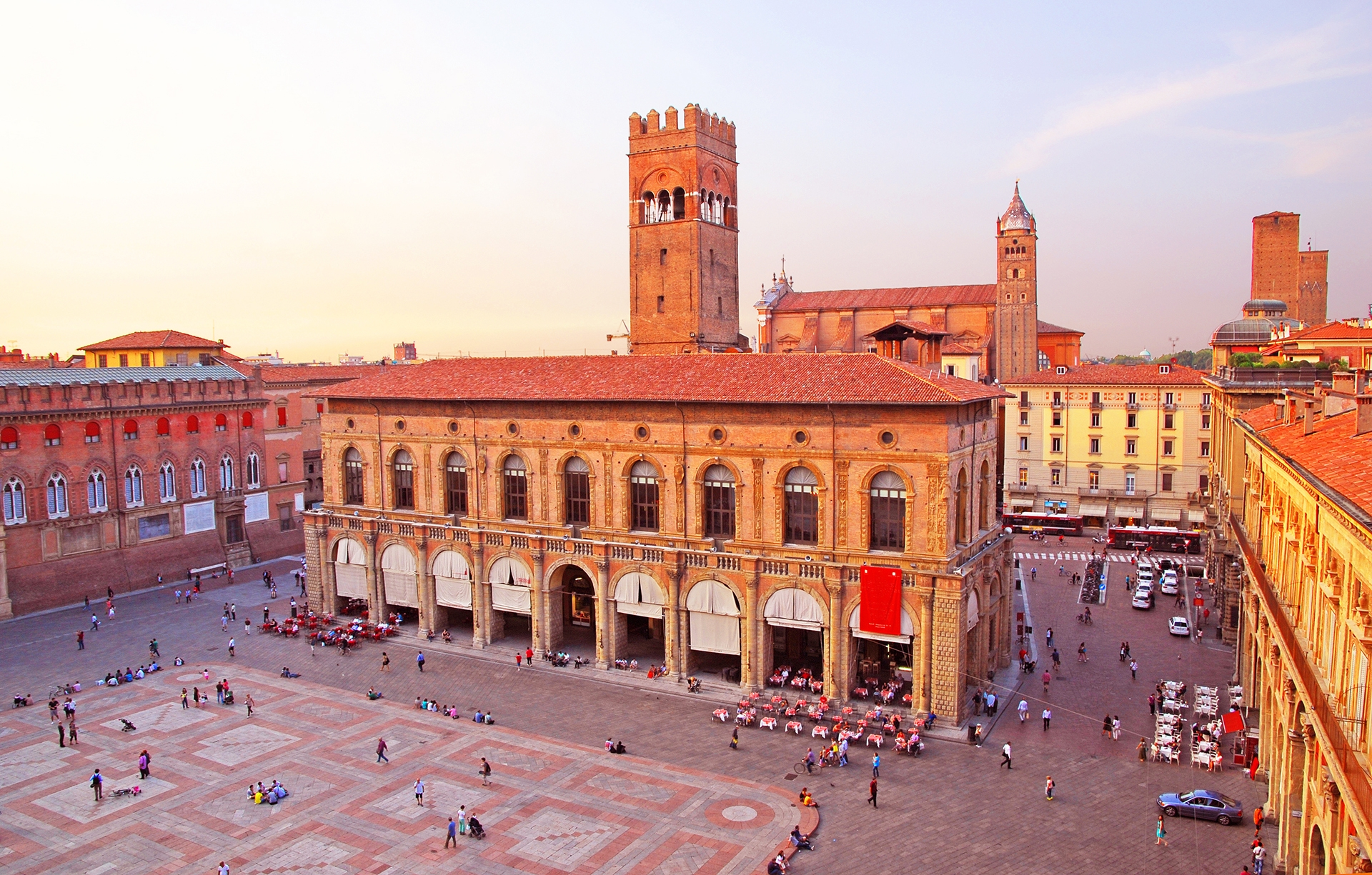 Italy Bologna main square and King Enzo palace