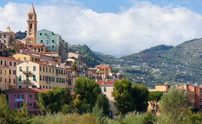Old-buildings-of-Ventimiglia-Italy