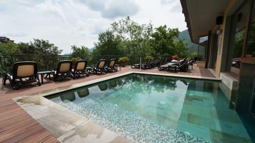 Hotel_Miramonti-outdoor-pool