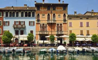 Desenzano-del-Garda-Lake-Garda-Italy