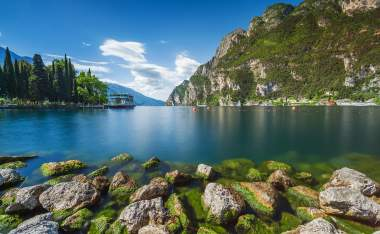 Beautiful-stones-in-pure-alpine-lake-Garda