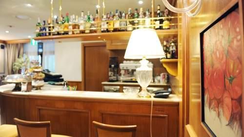 Iseolago-bar