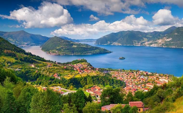 Maroney.-Italy-the-Alps-Lake-Iseo