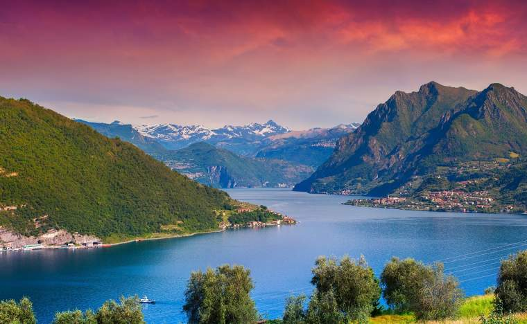View-of-the-Lake-Iseo-colorful-sunny-morning.-Italy-Alps