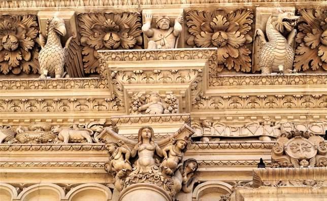Lecce-gargoles