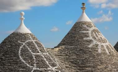 Puglia-trulli-roof