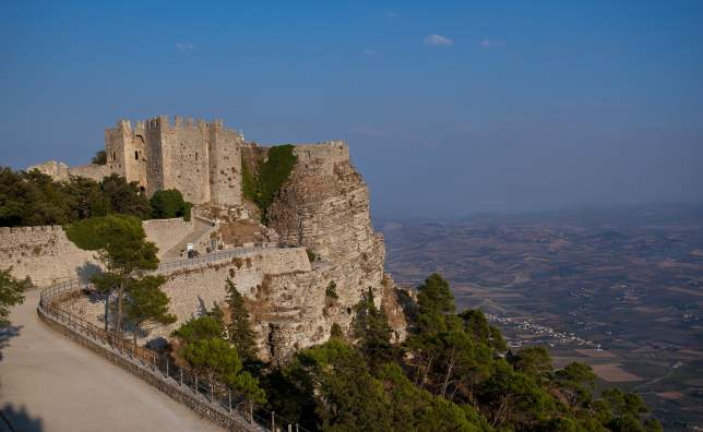 Historic-Castle-of-Venice-in-Erice-Sicily