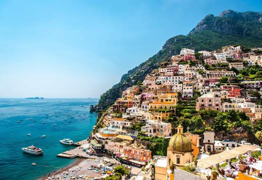Picturesque-Amalfi-coast.-Positano-Italy