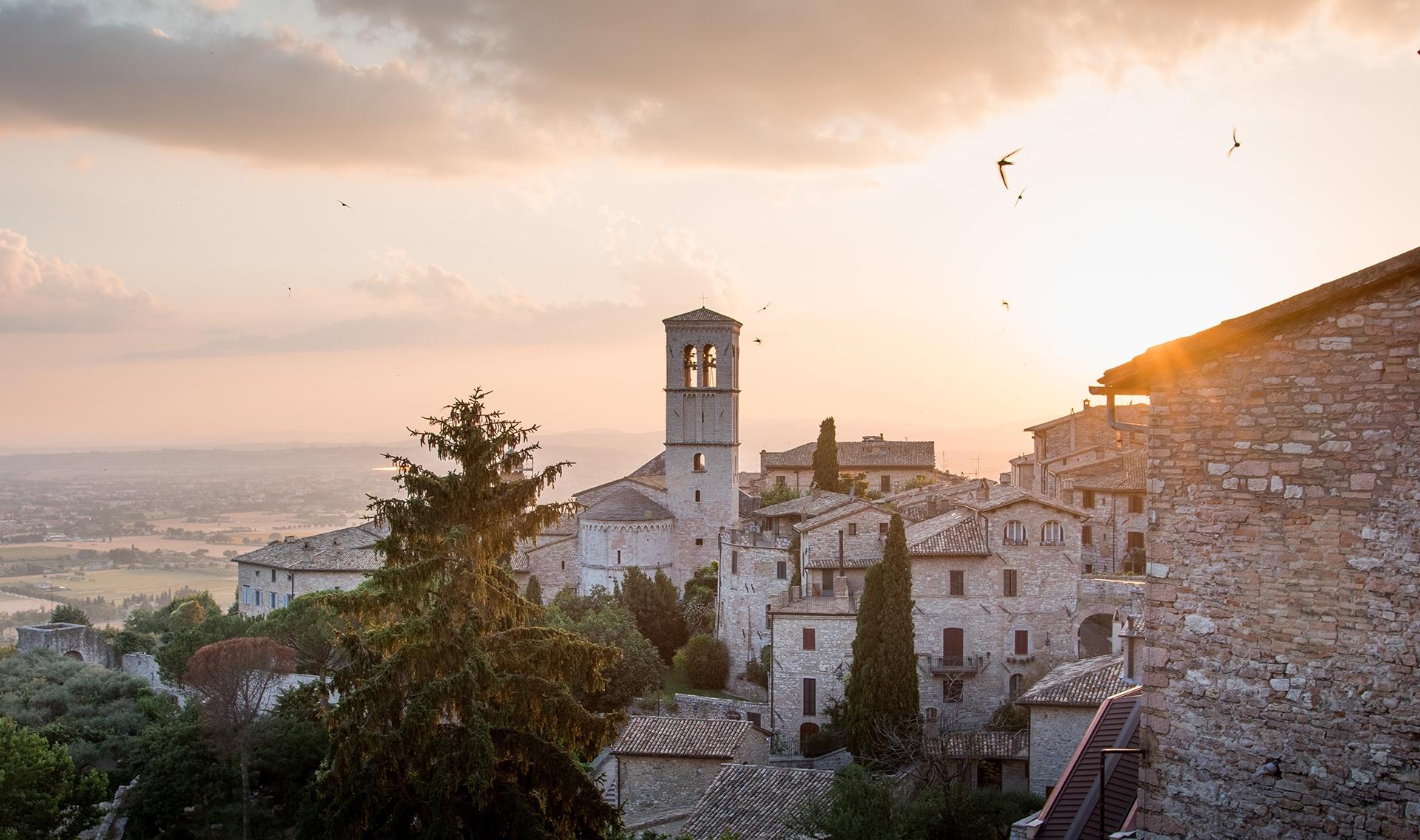 Assisi_lachlan-gowen-736911-unsplash
