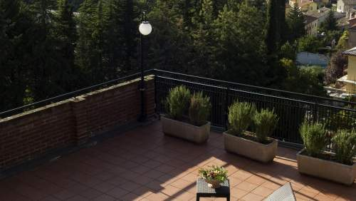 Hotel-dei-Duchi-terrace
