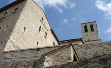 Gubbio-palazzo-1210903