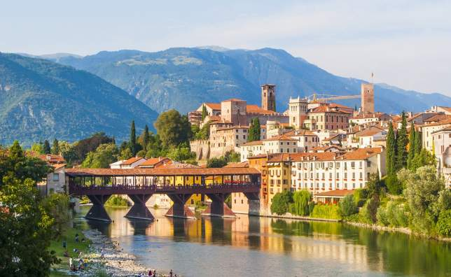 Bassano-del-Grappa-old-wooden-bridge
