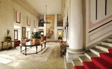Castel-Brando_Hall
