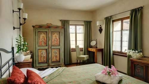 Castel-Brando_Bedroom-1