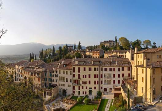 Panoramic-view-on-Asolo-in-the-province-of-Treviso-Veneto-Italy