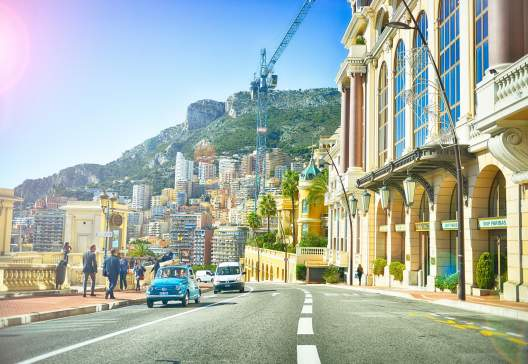 Monte-Carlo_boardwalk-buildings-cars-5256