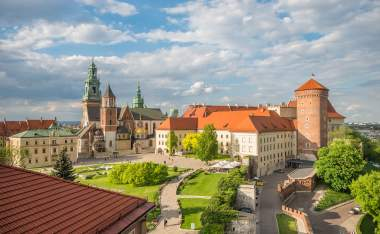 Cathedral-of-St-Stanislaw-and-St-Vaclav-and-royal-castle-on-the-Wawel-Hill-Krakow-Poland