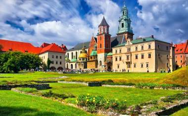 Historic-castle-in-the-old-city-of-Krakow