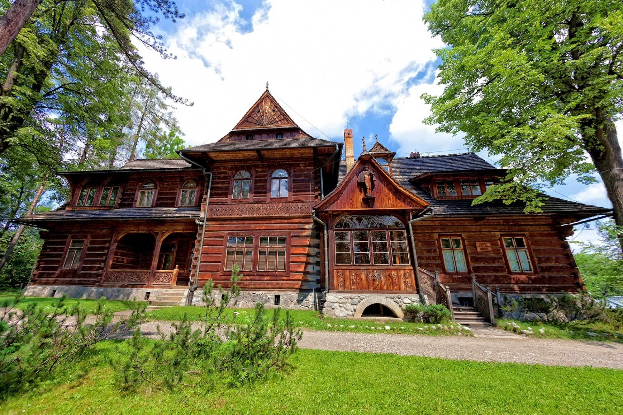 Old-house-in-the-mountain-style-in-Zakopane-Poland-shutterstock