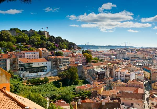 View-over-Baixa-and-Castelo-de-Sao-Jorge-from-Alfama-Lisbon-Portugal