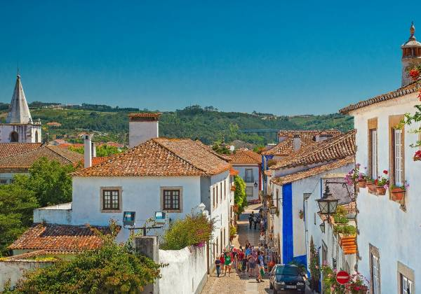 Old-town-of-Obidos-Portugal