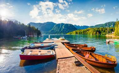 Bohinj-Lake.-moning-scene-in-the-Triglav-National-Park-Julian-Alps-Slovenia