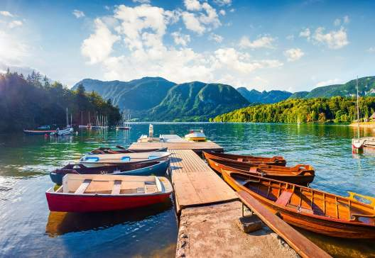 Bohinj-Lake.-moning-scene-in-the-Triglav-National-Park-Julian-Alps-Slovenia