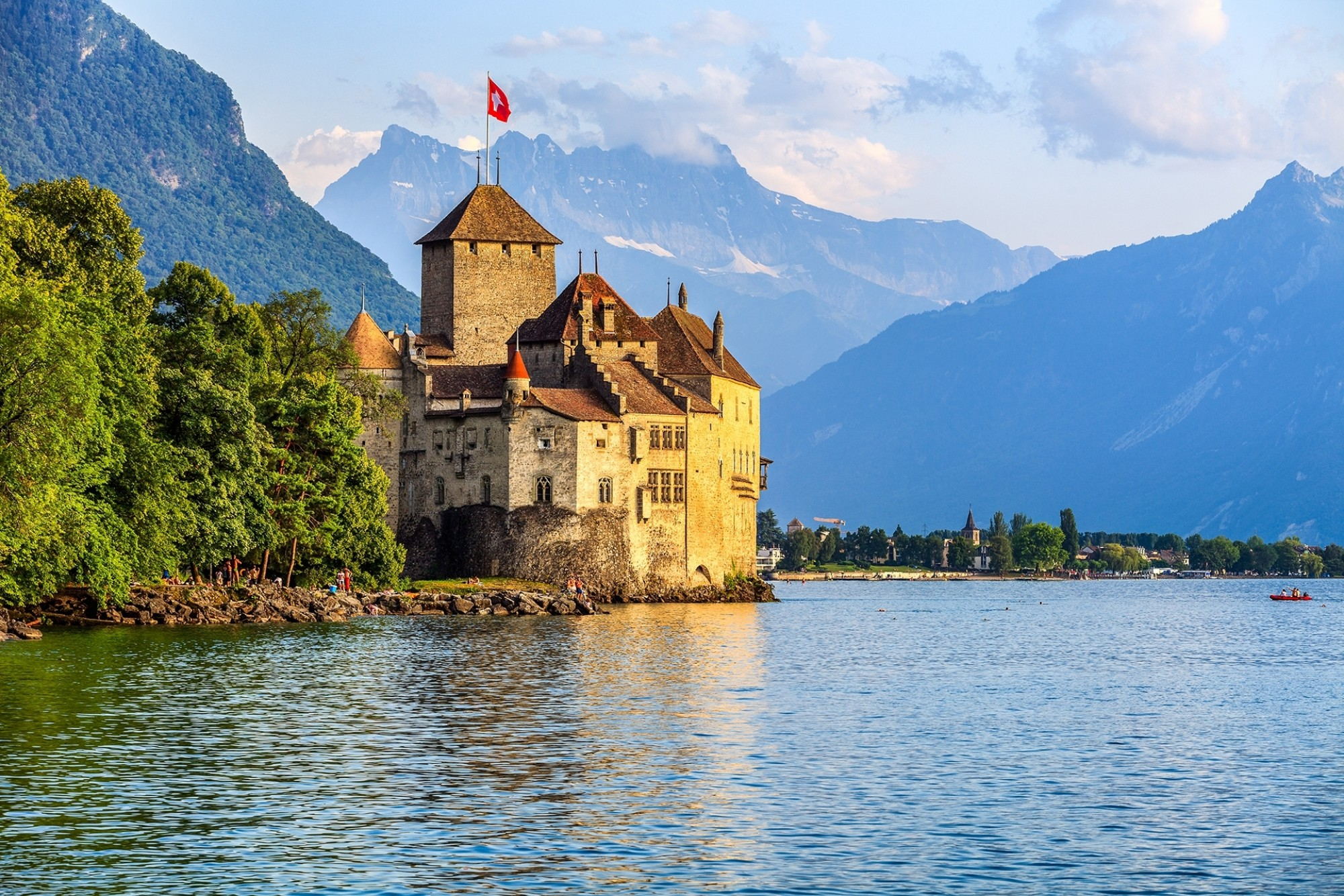 Chillon-Castle-at-Geneva-lake
