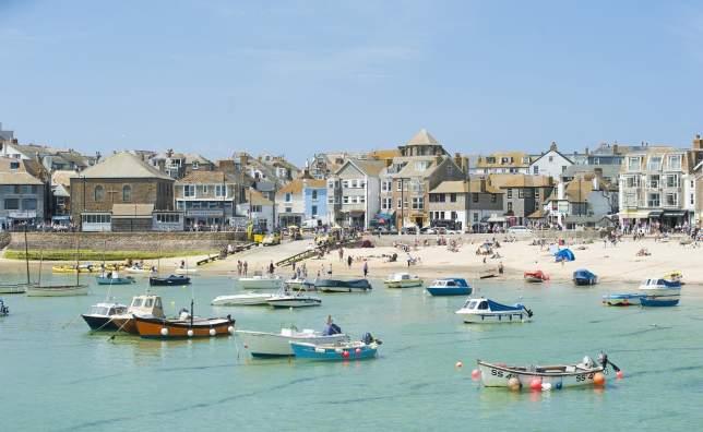 St-Ives- -Adam-Gibbard-and-Visit-Cornwall