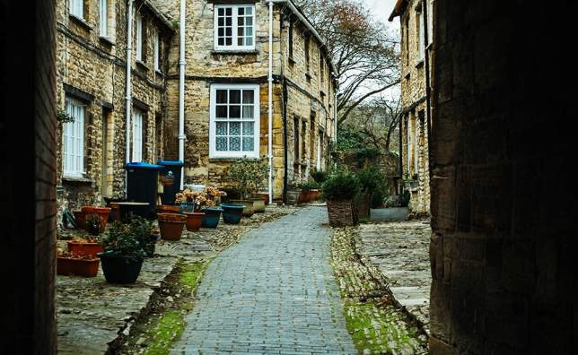 Burford_shot-by-matt-1294437-unsplash