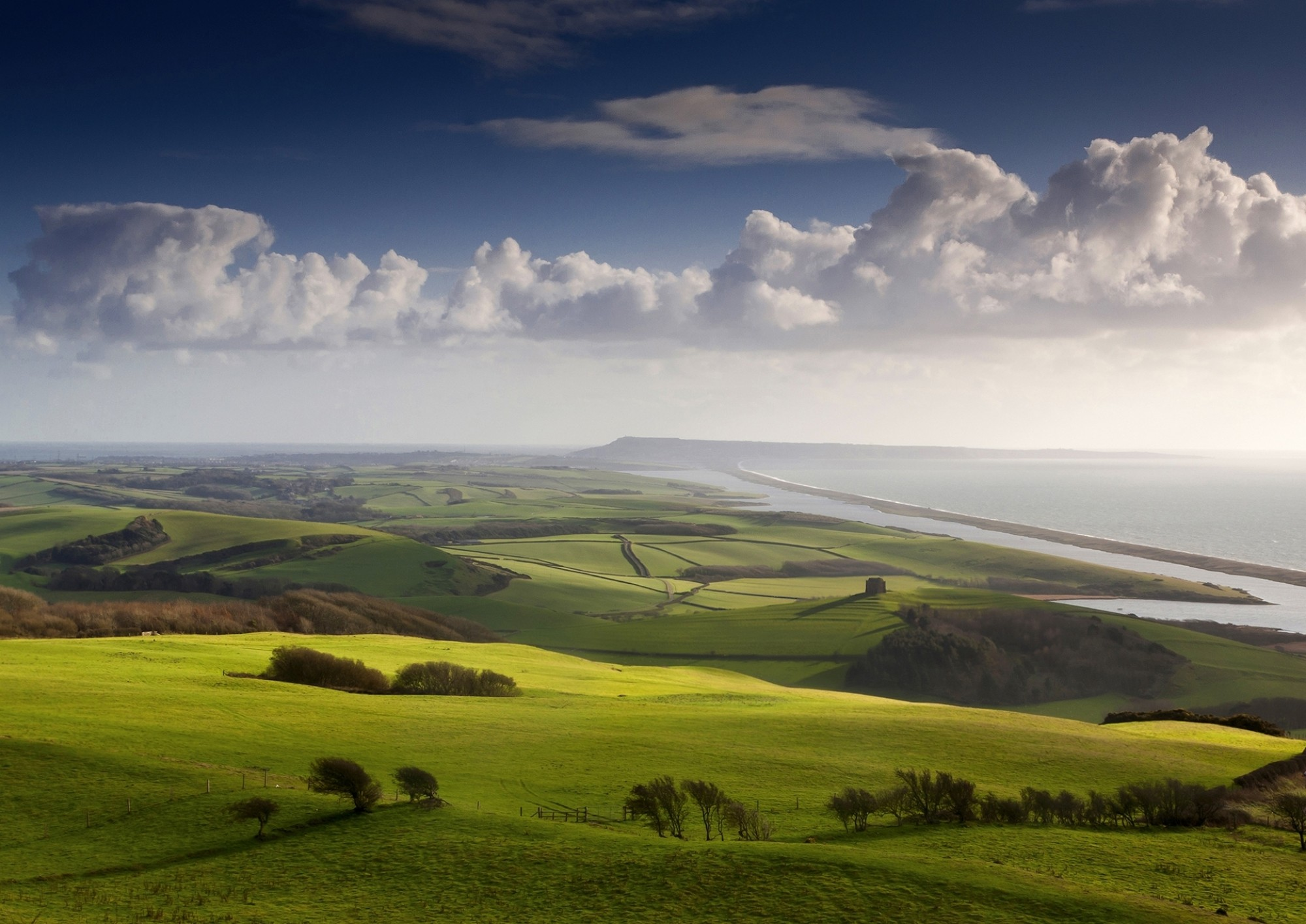 VE23336-View-towards-Portland-Dorset-Visit England-South-West-Coast-Path-Steve-Luck