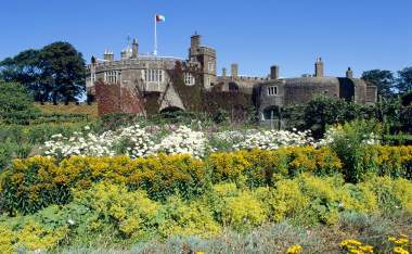 Walmer-Castle-and-Gardens-Kitchen-Garden-K040151