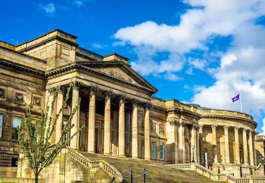 World-Museum-and-the-Walker-Art-Gallery-in-Liverpool-England