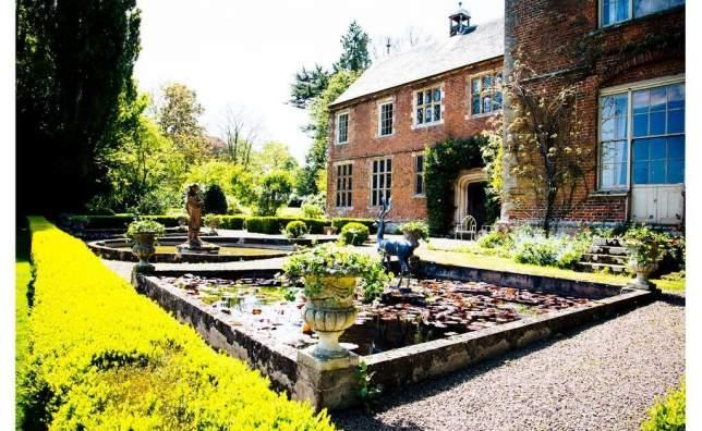 Hellens Manor East Terrace towards Cedar Lawn