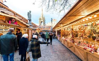 Christmas-markets-at-albert-square-3