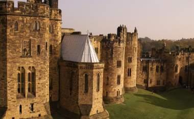Alnwick-Castle-Exterior