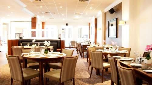 HI Newcastle Gosforth Park Restaurant