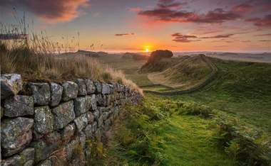 VE25263-Hadrians-Wall-at-Sunrise- -Visit England-Thomas-Heaton