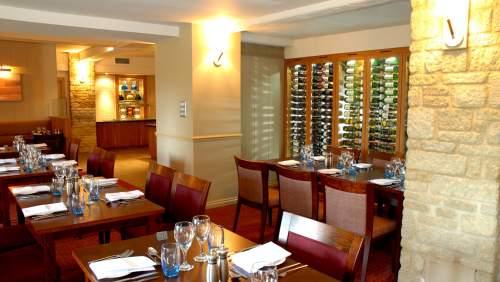 Witney Four Pillars Hotel Brasserie