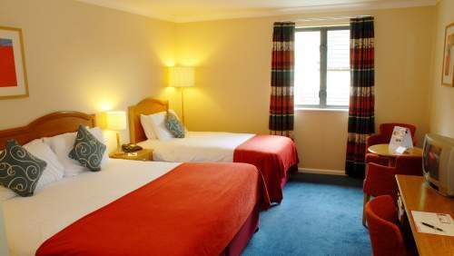 Witney Four Pillars Hotel Standard Room 23
